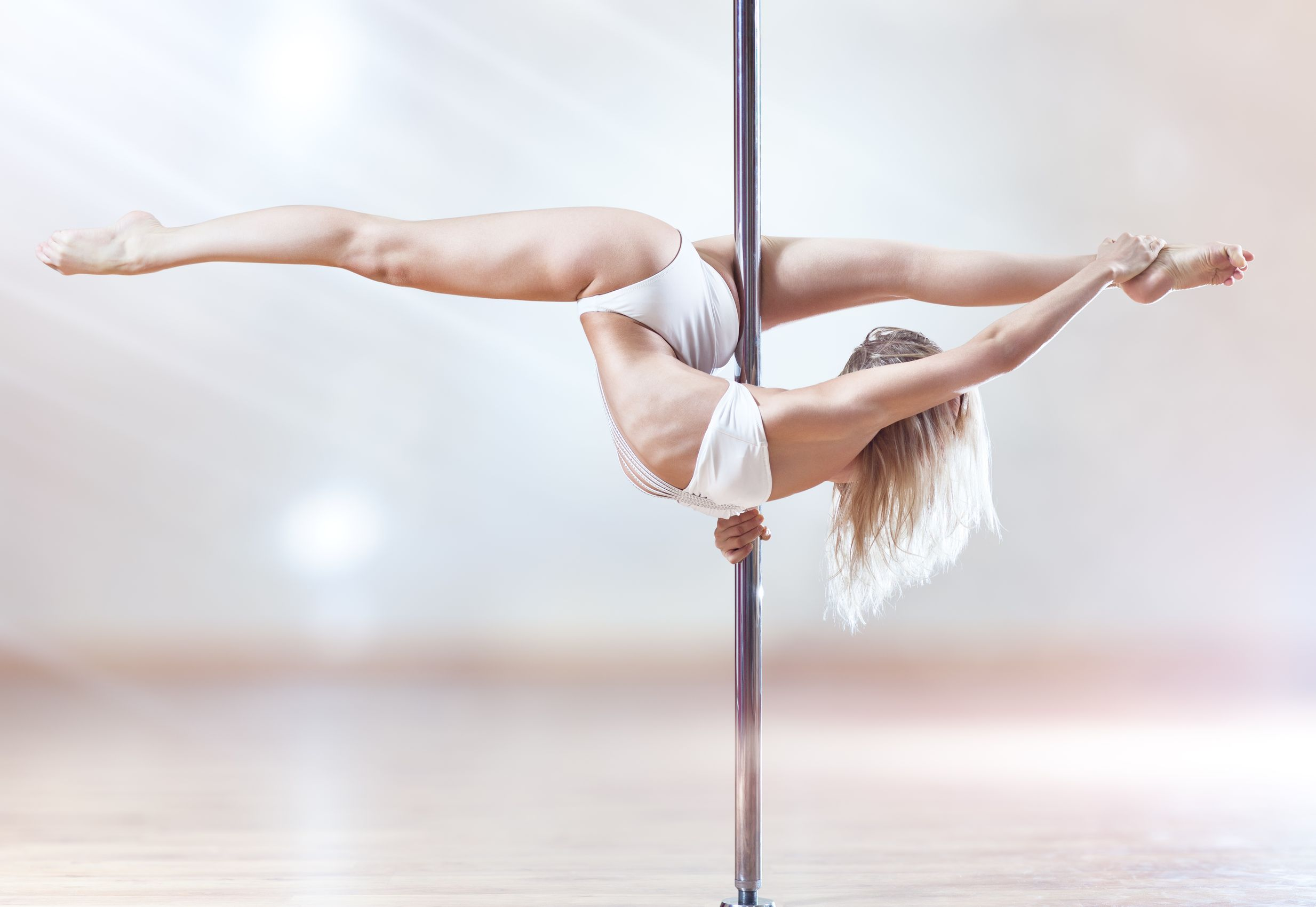 LadyInDream Love to dance! Want to learn pole dancing! custom pic 1