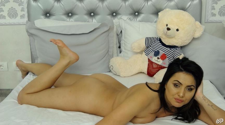 model brineta nude