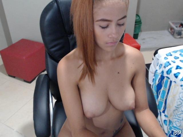 čierny masérka porno